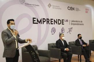 Lanzan Economía e Ibero Puebla laboratorio de emprendimiento