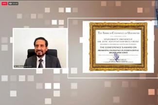 Otorga The Americas Conference of Universities reconocimiento al Rector Alfonso Esparza Ortiz