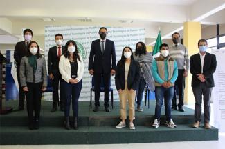 Ocho estudiantes de la UTP obtienen beca a Francia