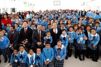 Contribuye el rescate de las escuelas públicas a la reconstrucción del tejido social: Esteban Moctezuma Barragán