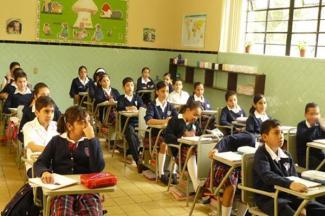 La educación a distancia se quedará en México con un sistema mixto: SEP