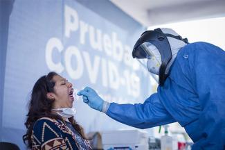 Investigadores BUAP proponen filtrado aleatorio para reducir contagios de COVID-19 en empresas